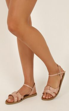 Verali - Toula Sandals In Blush Croc Smooth