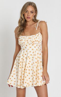 Summer Jam Dress In White Floral