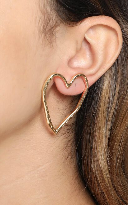 Wildest Dreams Heart Earrings in Gold, , hi-res image number null