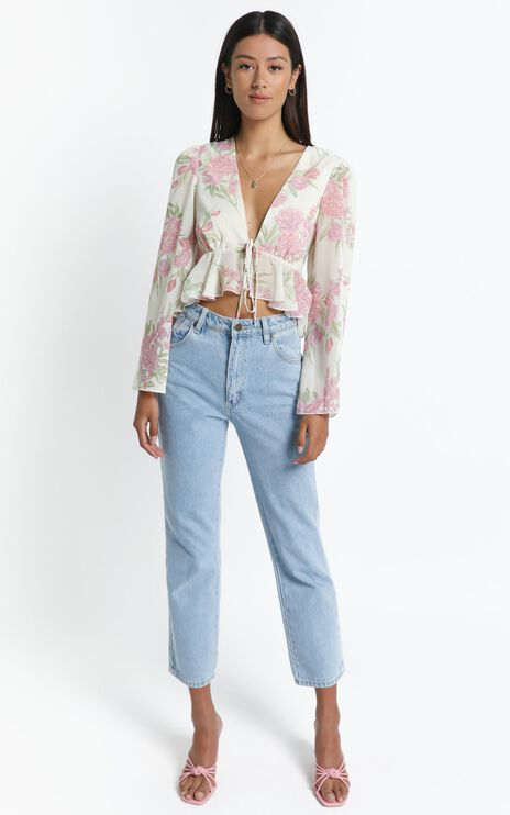 Dance It Out Top in Cream Floral