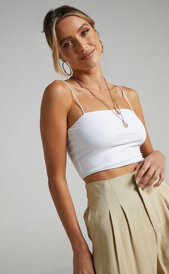 Modern Gal Top In White
