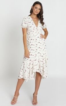 Arella Midi Dress In White Floral
