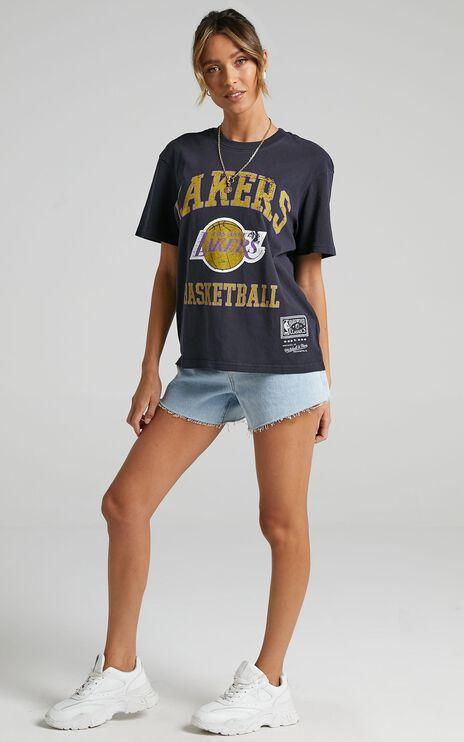 Mitchell & Ness - Locker Room Logo Tee Lakers in Faded Black