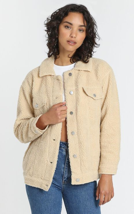 Future Faces Jacket in Beige Teddy
