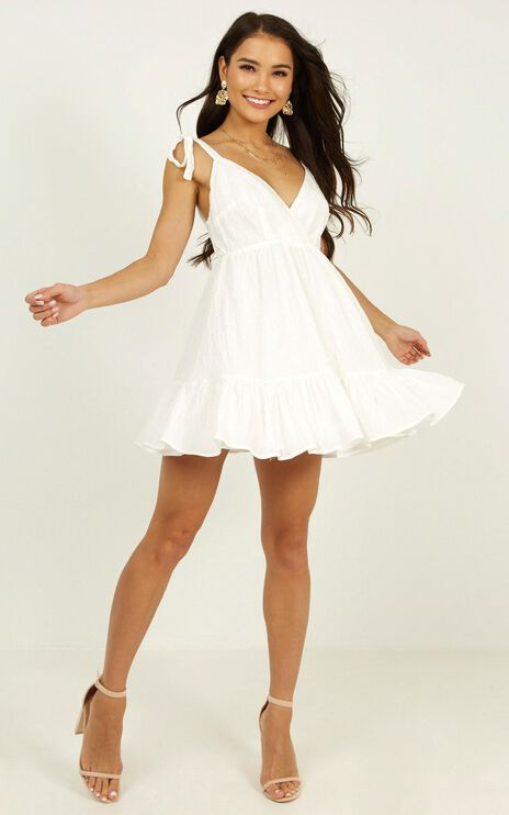 Rich Visions Dress In Textured White Spot