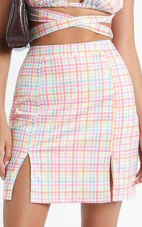 Levitha Skirt in Rainbow Check