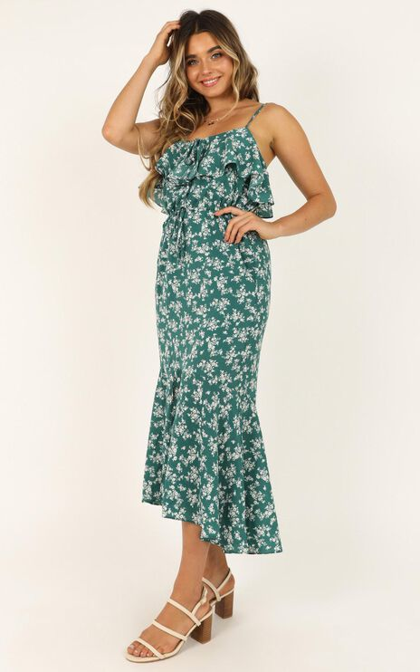 Chasing Butterflies Dress In Emerald Floral
