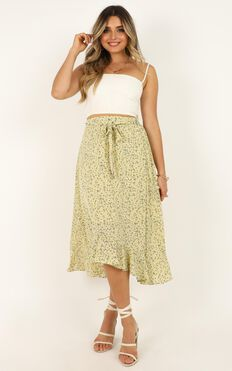 Time To Flourish Skirt In Yellow Floral