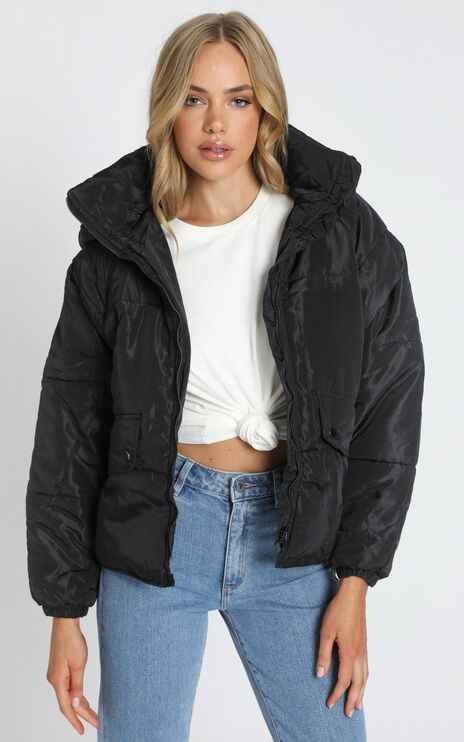 Markle Puffer Jacket in Black