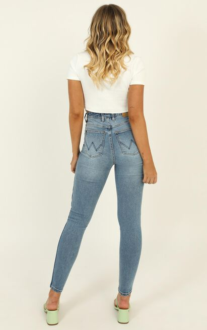 Wrangler - Hi Pins Cropped Jean in highway queen blue - 14 (XL), Blue, hi-res image number null
