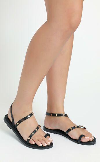 Therapy - Nastassia Sandals in Black