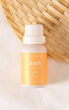 Courtney + Babes - Sun Diffuser Blend 15ml