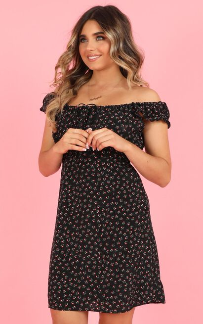 Cooling Down Dress in black floral print - 20 (XXXXL), Black, hi-res image number null