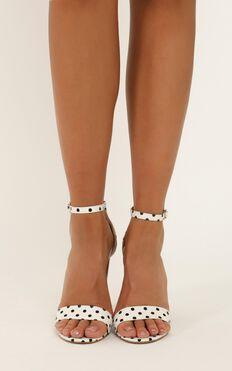 Billini - Jessa heels in off white linen