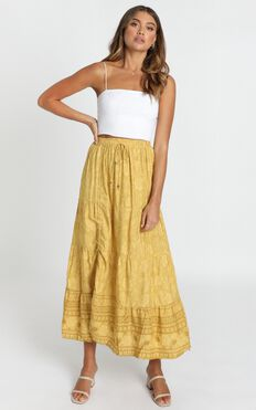 Next Big Thing Skirt In Mustard Floral