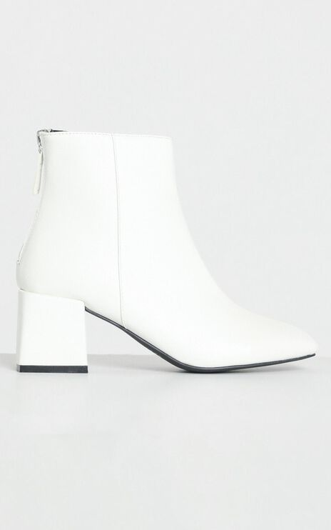 Therapy - Cody Boots in White