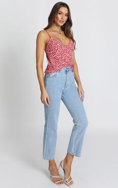 Evie Floral Top In Red Floral