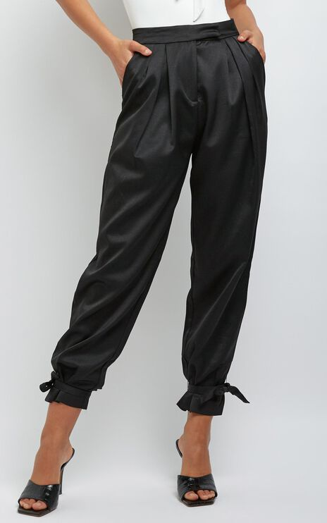 Oliver Pants in Black