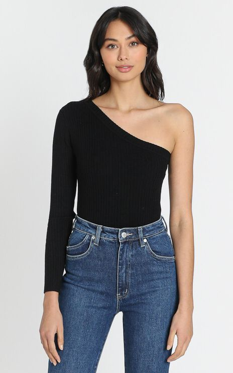 Larisa Asymetric Knit Top in Black