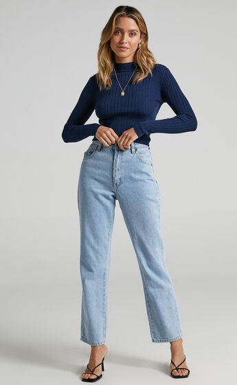 Downtown Dreams Long Sleeve Knit Top in Navy