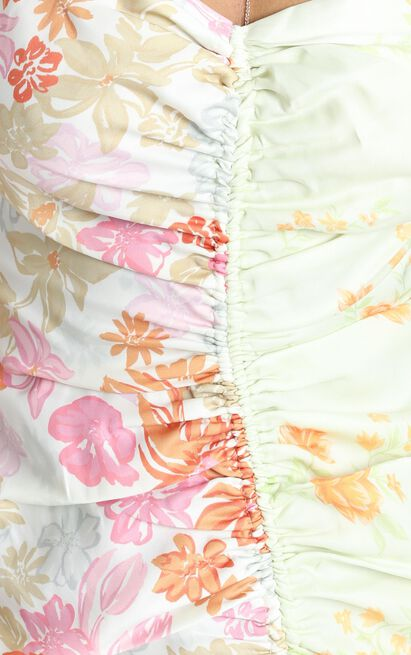 Save It For The Weekend Dress in multi floral - 20 (XXXXL), Multi, hi-res image number null