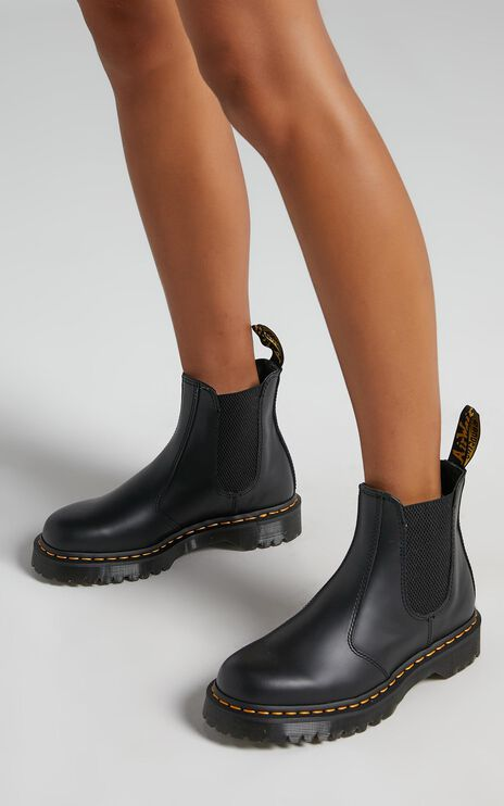 Dr. Martens - 2976 Bex Chelsea Boot in Black Smooth