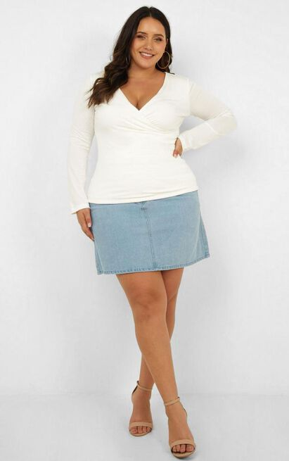 Styles and Breeze top in white - 20 (XXXXL), White, hi-res image number null