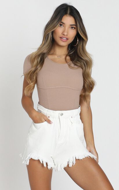 Wannabe Babe Shorts in white - 8 (S), White, hi-res image number null
