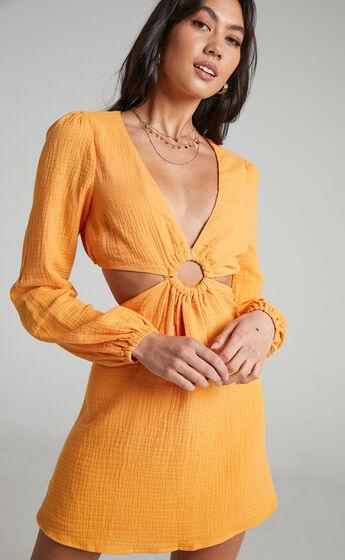Queeny Side Cutouts Mini Dress in Sherbet