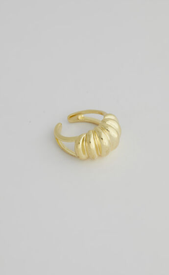 Harlyn Ring in Gold