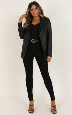 Victorious Jacket In Black
