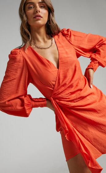 Bellefleur wrap dress in Orange