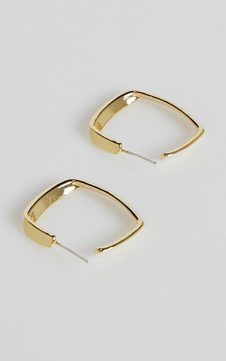 Mumfi Hoop Earrings in Gold