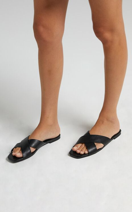 Billini - Taryn Sandals in Black