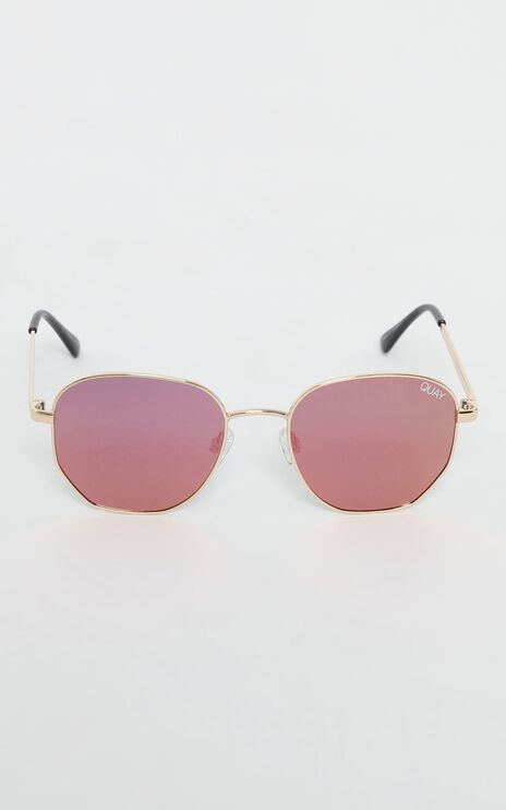 Quay - Big Time Sunglasses in Gold and Pink
