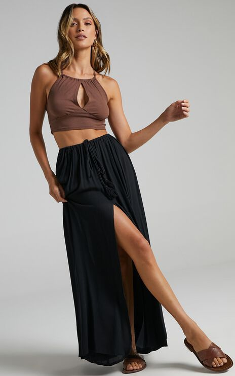 Under The Twilight Maxi Skirt In Black