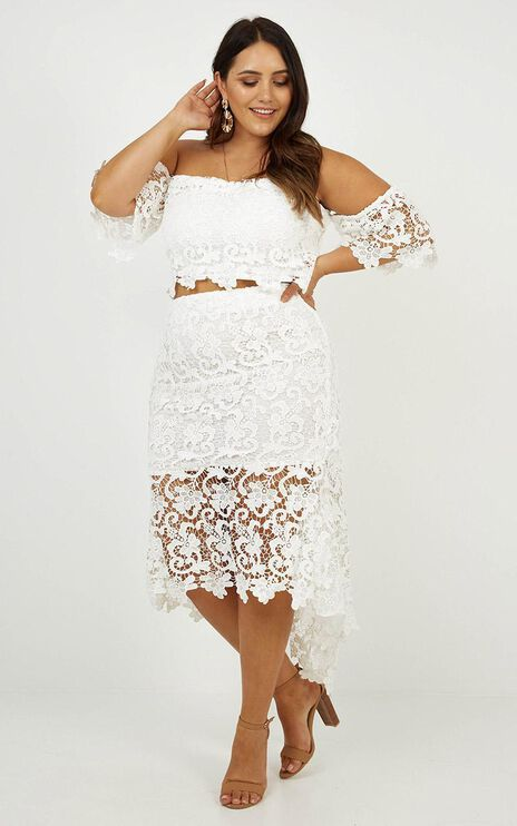 Whip Lash Two Piece Set In White