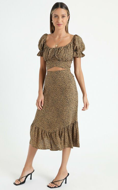 Maurie Two Piece Set In Tan Leopard Print