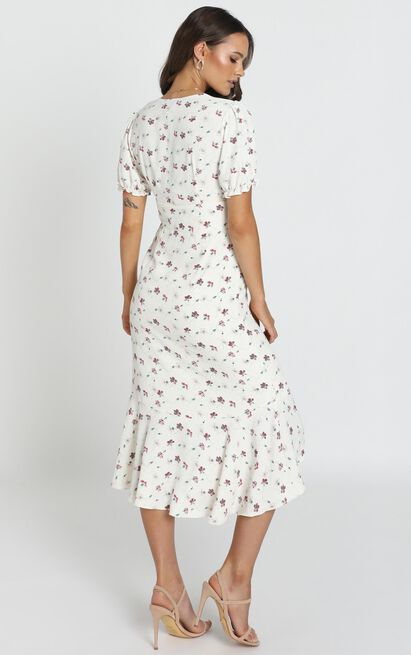 Arella Midi Dress in white floral - 14 (XL), White, hi-res image number null
