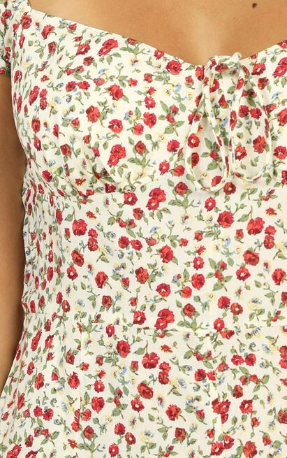 She's So Lovely playsuit in red floral - 12 (L), Red, hi-res image number null