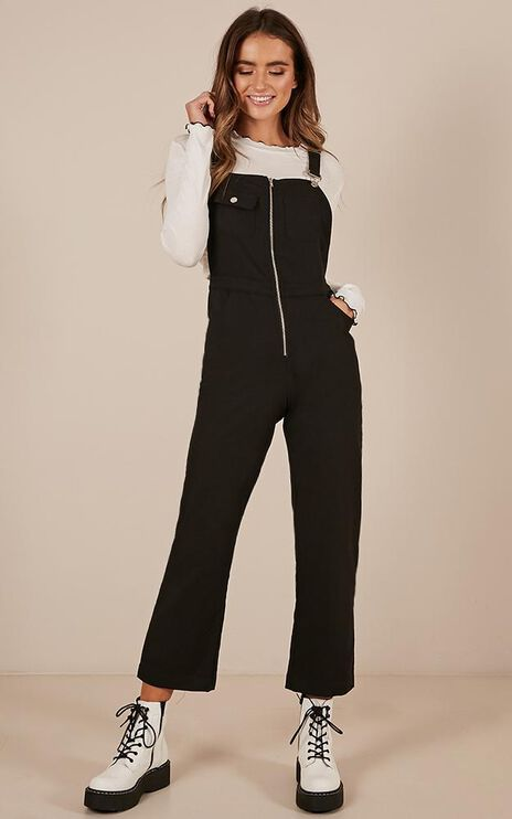 Want To Be Friends Overall Jumspuit In Black Linen Look