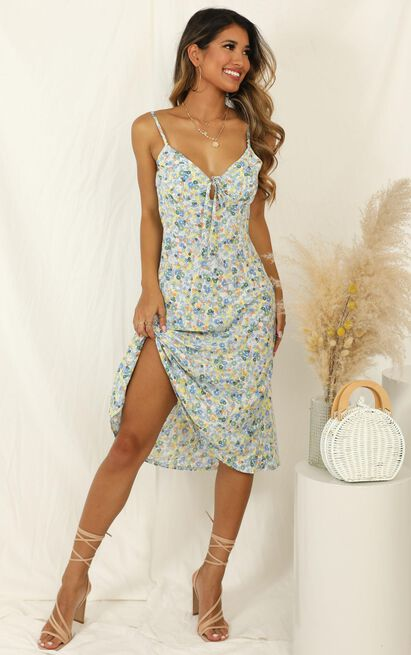 Toss The Dice dress in blue floral - 16 (XXL), Blue, hi-res image number null