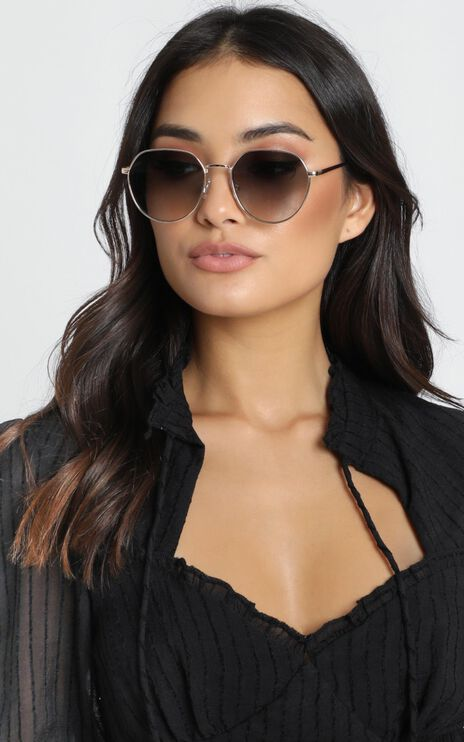 Mink Pink - Side Street Sunglasses in Bright Gold And Khaki Grad