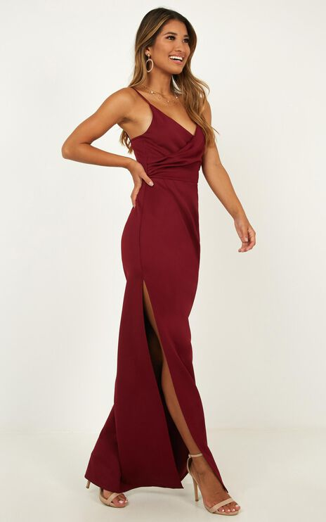 Linking Love Maxi Dress In Wine