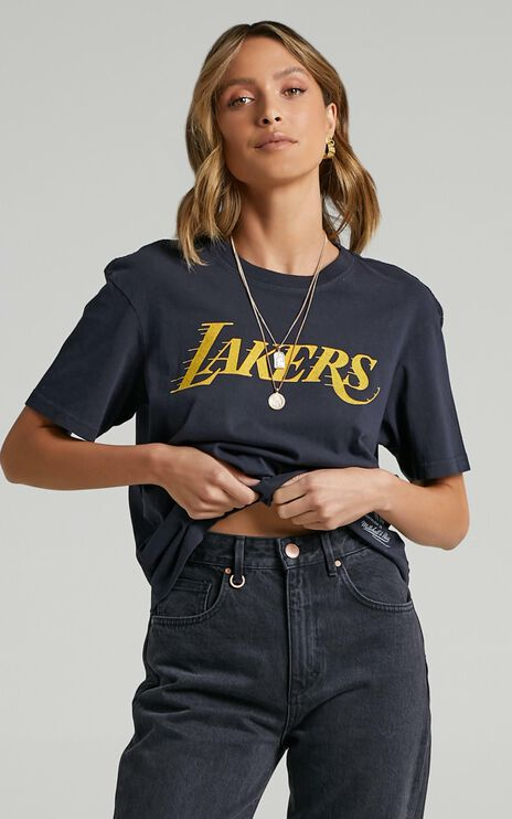 Mitchell & Ness - Vintage B2B OS Tee Lakers in Faded Black