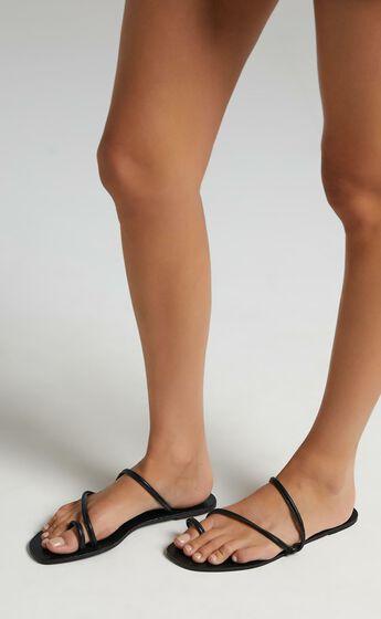 Billini - Hyams Sandals in Black