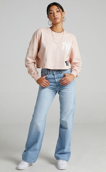 Majestic - NY Yankees Cropped Rando LS Tee in Peach