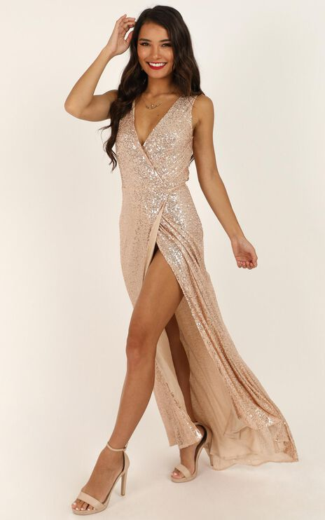 Feeling Pretty Dress In Gold Sequin