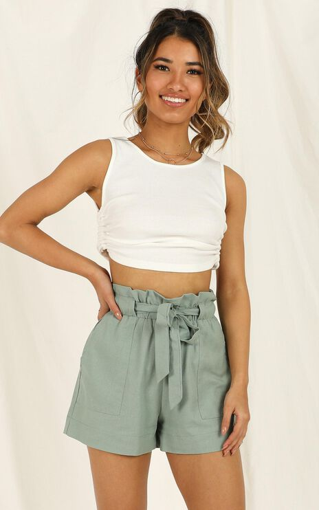 All Rounder Shorts In Sage Linen Look