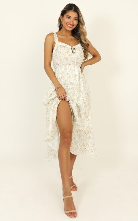 Peace And Quiet Dress In White Floral